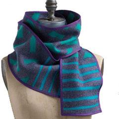 scarf blue stripes